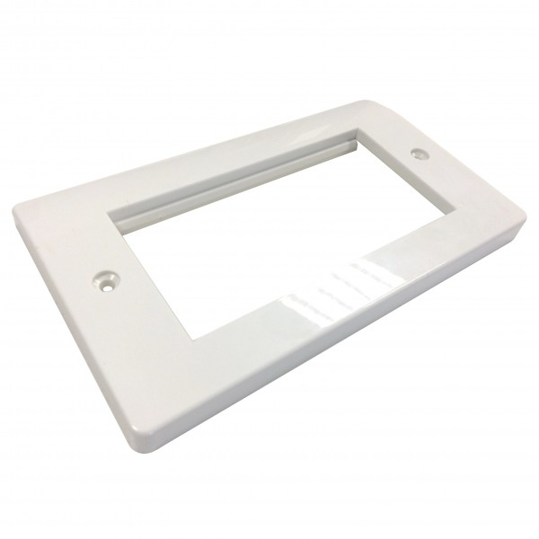 Faceplate Curved Double Gang 4 x Euro White